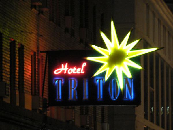 Hotel_triton