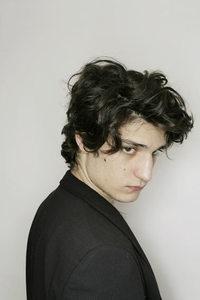 Louis_garrel_olivier_roller_1